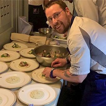 Hospitality-Influencer-Jonathan-Rowe